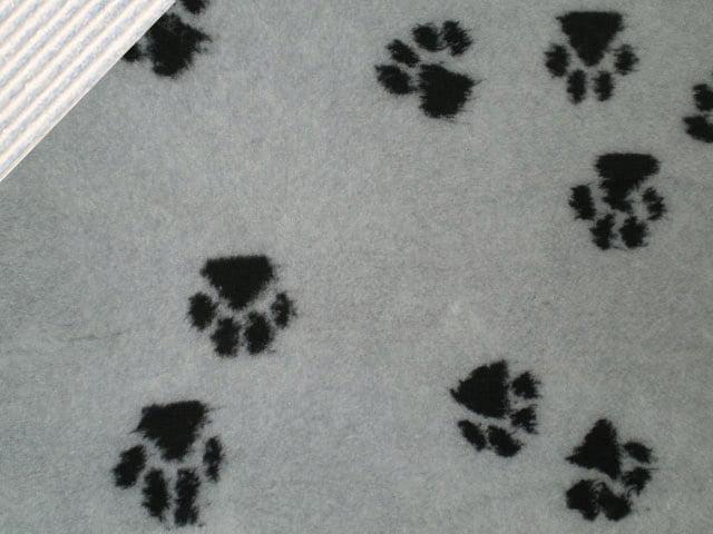 Vet Bed non-slip, 100x150cm, grå m. sorte pote